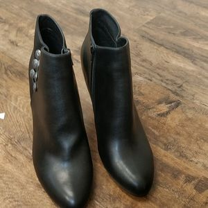 Rialto Cairo Booties - Black